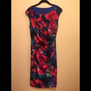 Woman's Connected Apparel Dress Size 10 Floral